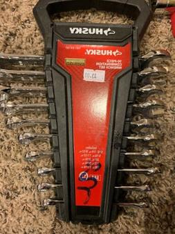 Husky SAE Combination Wrench Set   Open Box